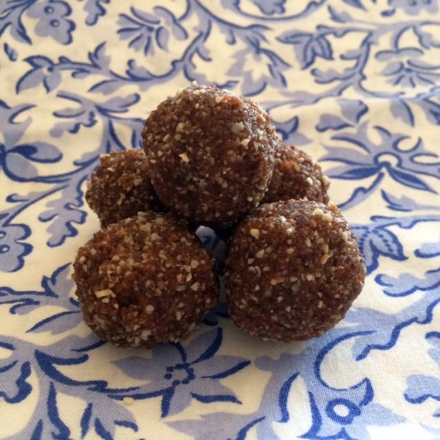 Ginger Snack Balls